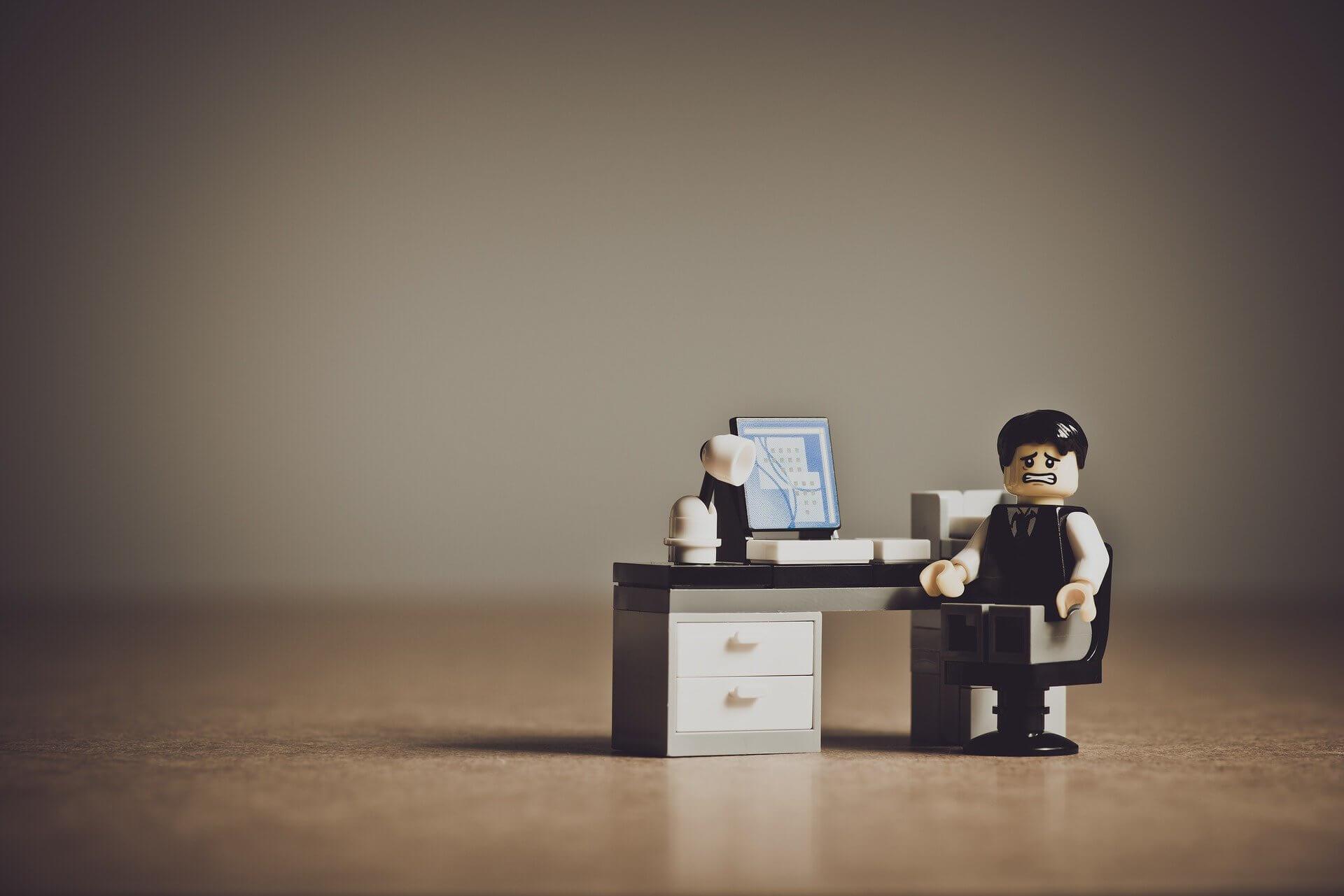 職場でいじめにあったときは退職したほうがよい3の理由